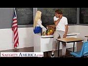 thumb Naughty America   Nikki Delano Gets Sperm Dona Gets Sperm Donated By Student