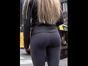Hot ass walking - Full video : http://skamaker.com/3BCK Thumbnail