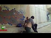 Eating her boy&#039_s cock in a hidden street ADR0263