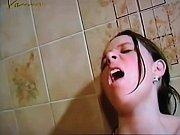 Baise lesbienne rousse massage trace homme nu sur plage humour