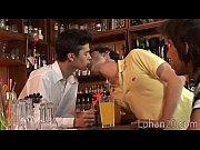 CГlГbration de bal avec des lesbiennes trio