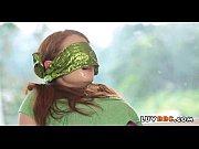 Frauen schießen mit einer steinschleuder kastanien nackt nackt costa rica fraus