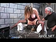 Petite femme nue massage sensuel grenoble