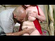 Il partage sa femme elle suce sa copine