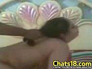 agarra del pelo mientras verga ella.