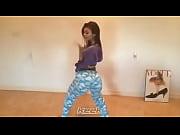 Victoria Justice - My take on Anaconda. I'_m a horny Vicki Minaj