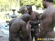 Anal group sex jeune salope lesbienne