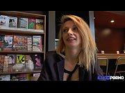 Anaïs, venue mater sa copine Eva, se mêle aux festivités... [Full Video]