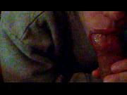 Femme mature tres salope surprise en train de sucer