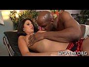 Vieux gay et jeune femme française nues