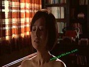 Maman poilue baise par son beau fils sein pointu video porno