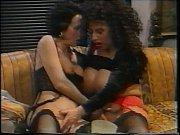 S&uuml_sser die Glocken nie Schwingen(1994) full movie with busty Tiziana Redford