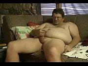 Guy bangs sexy fattie hard