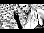 Femme à la recherche de jeune femme de 20 pour le sexe marseille