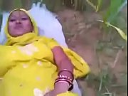 Desi yellow dress bhabi fuck