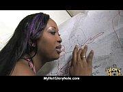 видео дефлорации половым членом