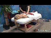 Femme prpose massage femme nu mes de la bou au core