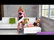Sex amateur naurunappula alaston nainen