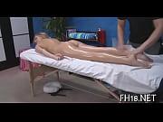 Bee thai massage hemmagjord sexleksak