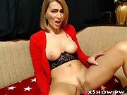 Milf cam show - sluttycamshow.com