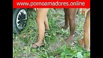 Amadores Fazem Fila Pra Comer Duas Vadias de Aracaju – SE e Tarado Grava um Vídeo Amador Dessa Suruba ao Ar Livre Muito Excitante http://www.pornoamadores.online