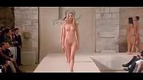 naked runway [누드 비치 해변 nude beach]