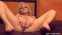 Секс с гибкой миниатюрной блондинкой