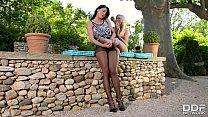 Lucy li & Vanessa Staylon foot fetish sex with stockings & Barefeet [발 페티시 foot fetish]