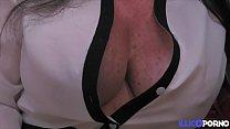 Une maman qui encaisse sans broncher !
