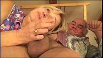 Порно онлайн лезбиянки в миниплатьях