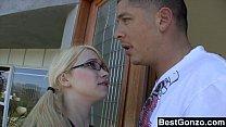 Slutty blonde fucks her BFF's brother Vorschaubild