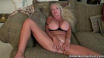 USA gilf Kelli will turn you on with her soft body Thumbnail