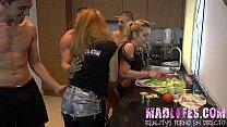 Reality show porno español Orgia en la cocina ‣ bambi vixen thumbnail