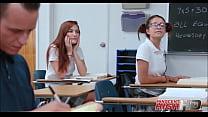 Старшеклассники занимаются сексом с учительнице видео