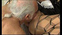 Порно фото негры кслвают сперму в белых