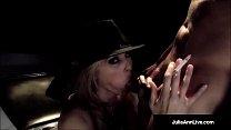 MILF Star, Julia Ann Gives A Smokin BJ & Fucks Guy On Stage! Vorschaubild