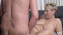 Die Nanny hilft dem Martin rauf, da geh´n bei Angelica die Schenkel auf Vorschaubild