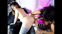 girl melodykush fingering herself on live webcam
