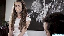 Lesbiske forfører uvild pige