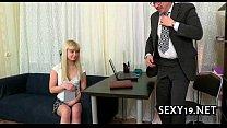Мастурбация экстремальными предметами смотреть порно онлайн