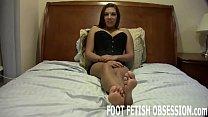 Worship my feet like a good little bitch