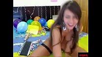 Latina festejando su cumpleaños con anal en webcam
