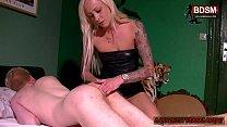 Deutsches BDSM teen bestraft Jüngling mit anal fisting und strapon pornhub video