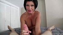 clubtug-Horny mature  lady handjob صورة
