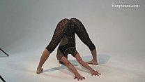Nude yoga girls video