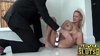 Beautiful blonde babe with big tits Loulou masturbating Vorschaubild