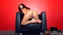 Sexy Tess showing off dat ass porn HD