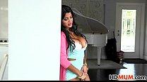 Bianka gives teaching sex lesson to Sarai