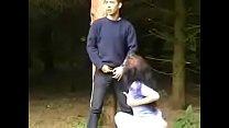 Порно голая в лесу