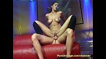 real porn on public show stage Vorschaubild